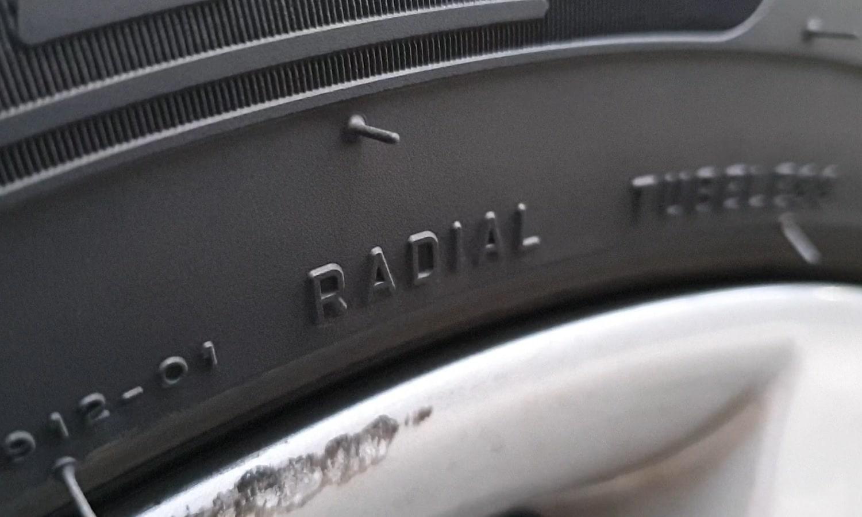 Neumático radial