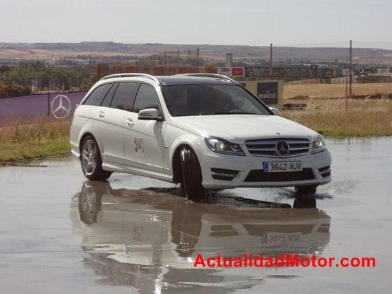 Mercedes AMG derrapando