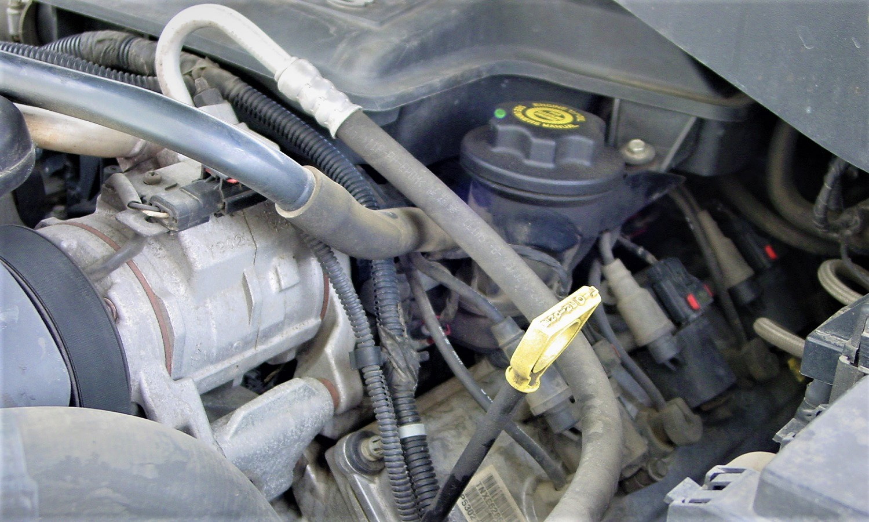 Rellenar o quitar aceite para eliminar ruido de taqués
