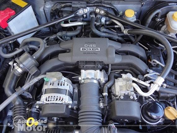 Motor Boxer Subaru BRZ Premium