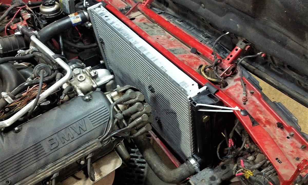 El coche se calienta porque el radiador está sucio