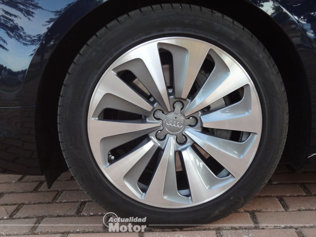 Audi A8 Hybrid llantas 19 pulgadas