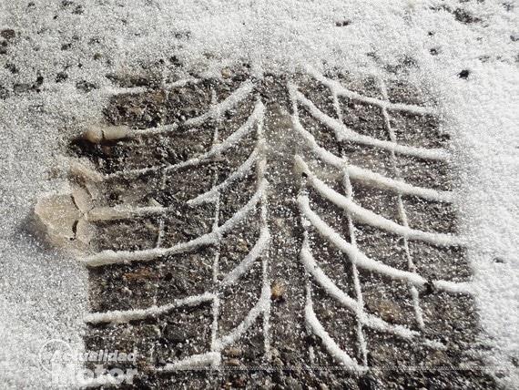 Huella neumatico invierno