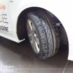 Bridgestone Potenza Adrenalin agarre en mojado