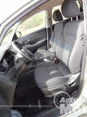 Kia Carens 2013 asientos