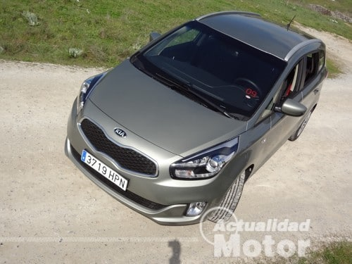 Kia Carens 2013 conduccion
