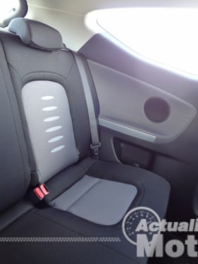 Kia Pro Ceed 2013 asientos traseros