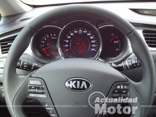 Kia Pro Ceed 2013 volante