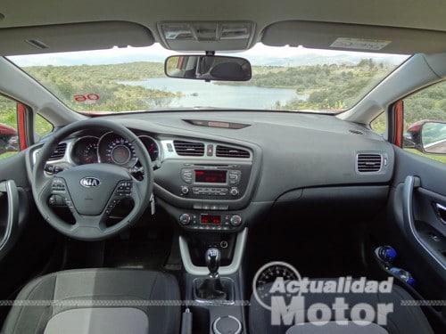 Kia Pro Ceed 2013 salpicadero