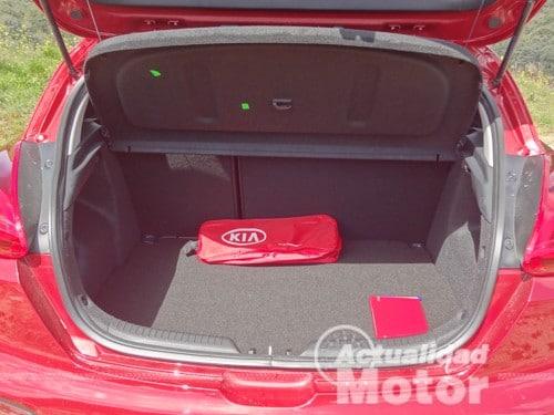 Kia Pro Ceed 2013 maletero