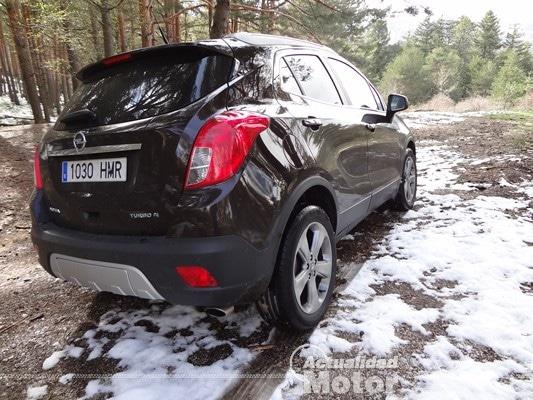 Opel Mokka linea trasera