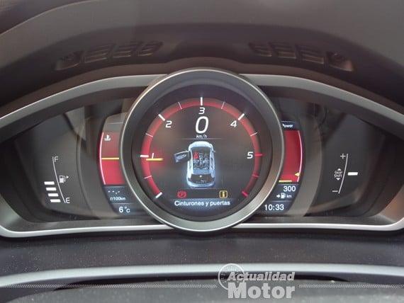 Volvo V40 D2 cuadro mandos