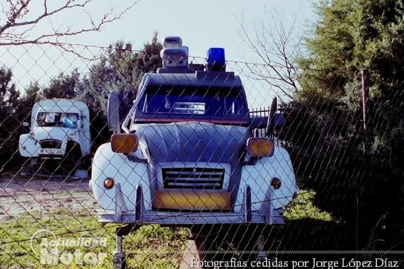 citroen-2cv-guardianes-del-espacio-ruedo-films-1