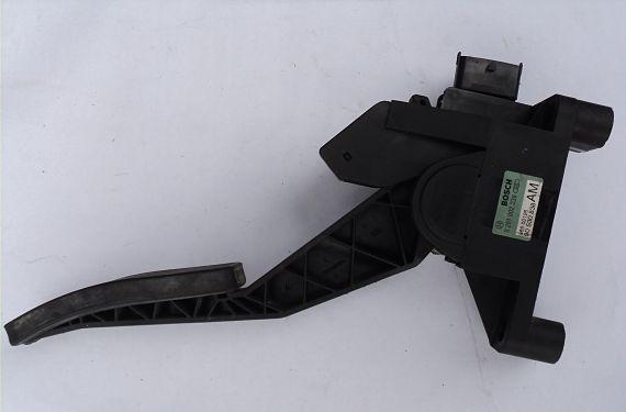 Pedal de acelerador electrónico