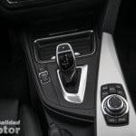 Consola central del BMW 320d con cambio automático