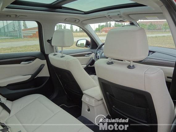 BMW X1 2.0i S-Drive equipamiento interior