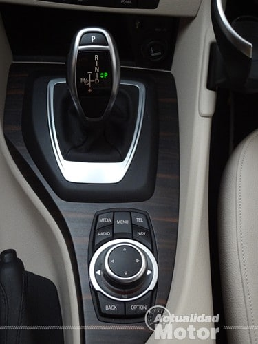 BMW X1 2.0i S-Drive (70)