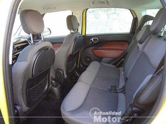 Fiat 500L Trekking plazas traseras