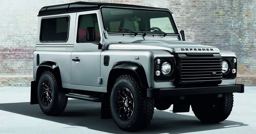 2015-land-rover-defender-black-silver-pack-0