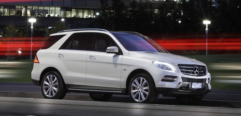 Mercedes-Benz-ML-parked-front-side1
