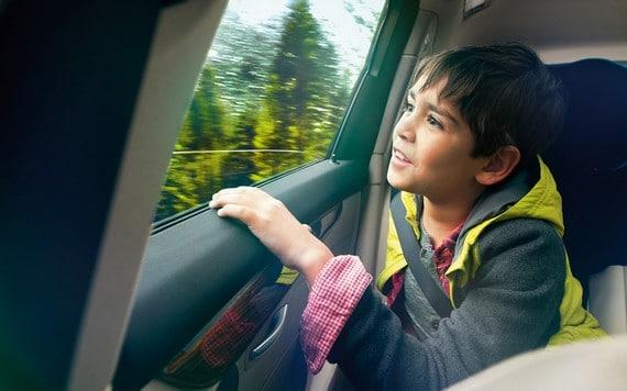 Niño disfruta del Serie 2 Active Tourer