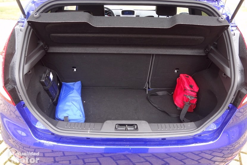 Ford Fiesta ST 2014 maletero