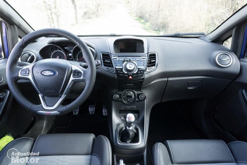 Ford Fiesta ST salpicadero