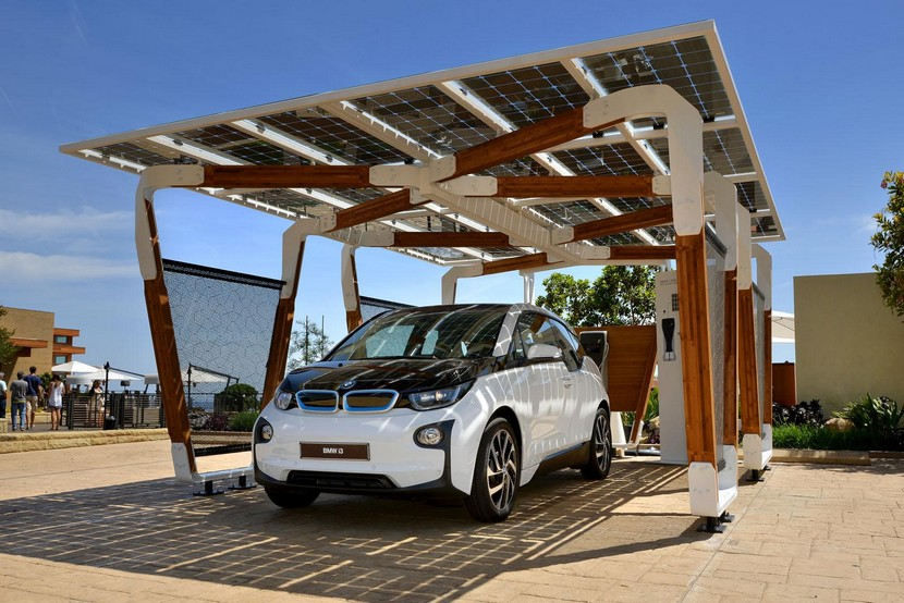 Garaje solar BMW i eléctrico