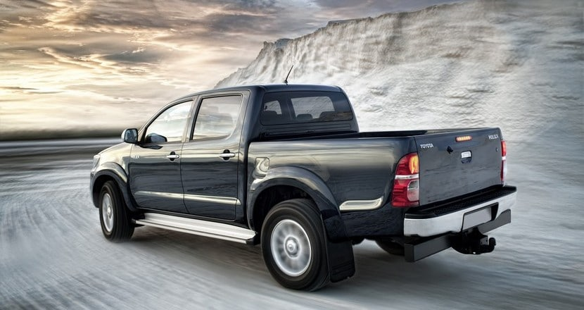 toyota-hilux-pick-up-2