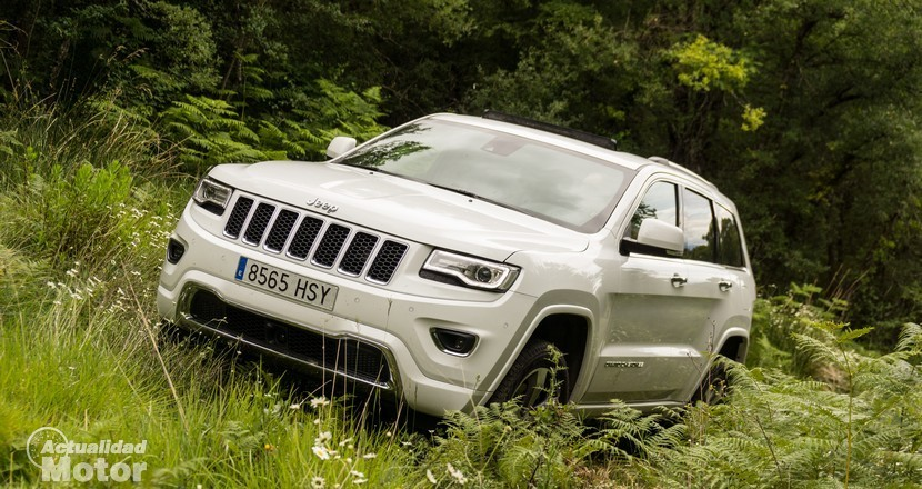 jeep-grand-cherokee-offroad-2