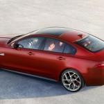 Jaguar XE oficial 6