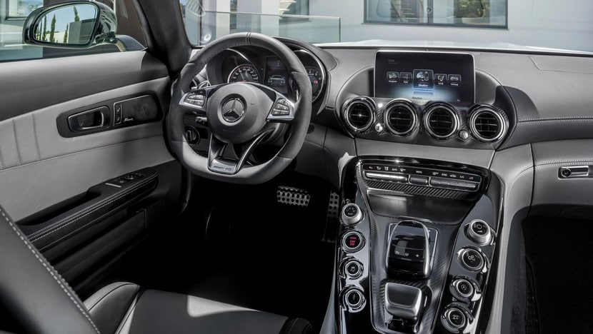 Mercedes AMG GT 2015 detalles