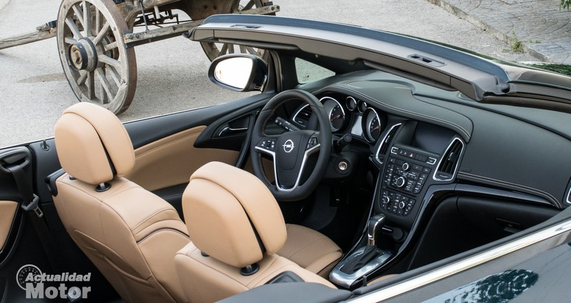 opel-cabrio-interior (1)