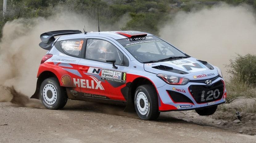 Hyundai i20 WRC 2015 test