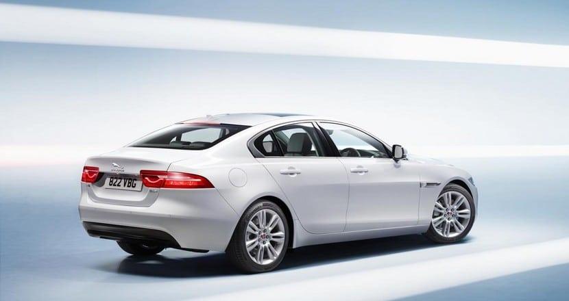 nuevo-jaguar-xe-19