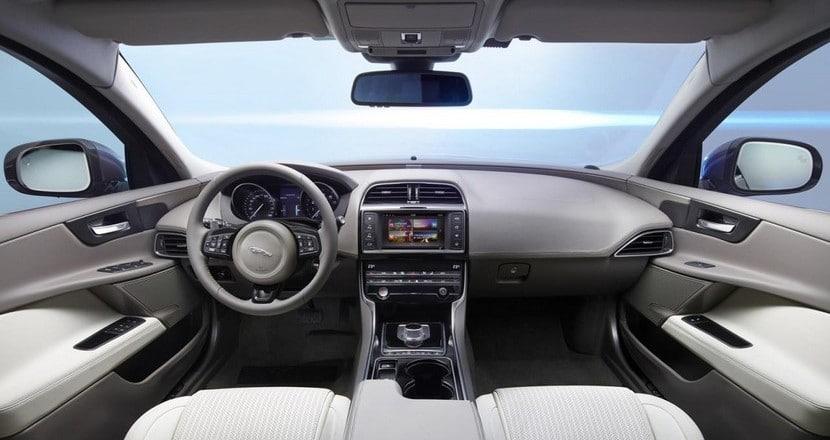 nuevo-jaguar-xe-8
