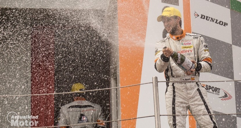 Pol Rosell celebrando la victoria