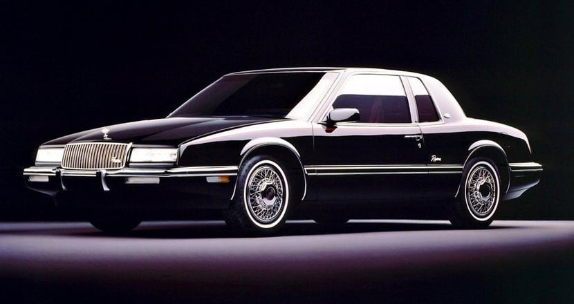 Buick_Riviera_Coupe_1986