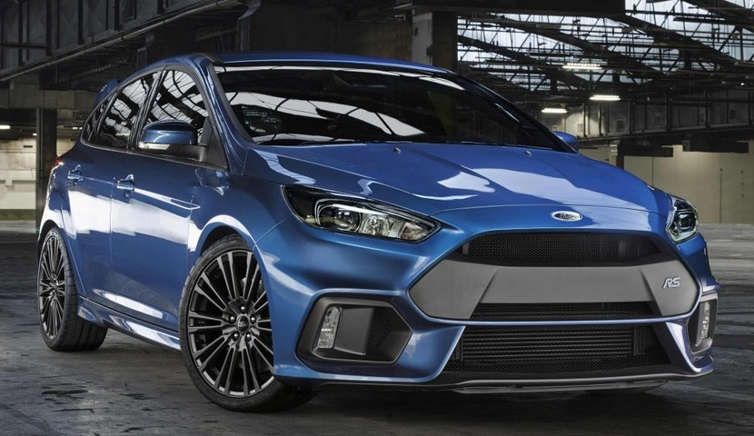 ford-focus-rs-2015-3