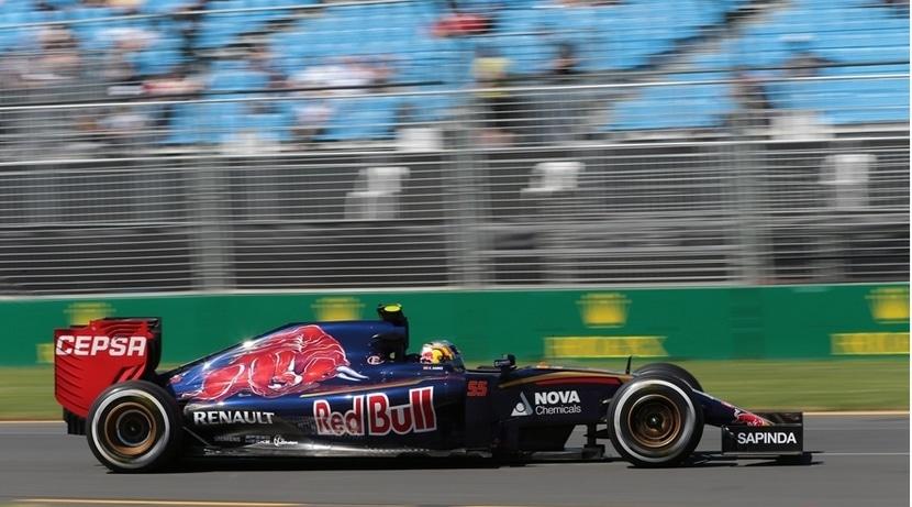Carlos Sainz Jr. con su Toro Rosso en Australia