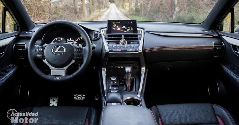 Prueba Lexus NX 300h diseño y habitabilidad