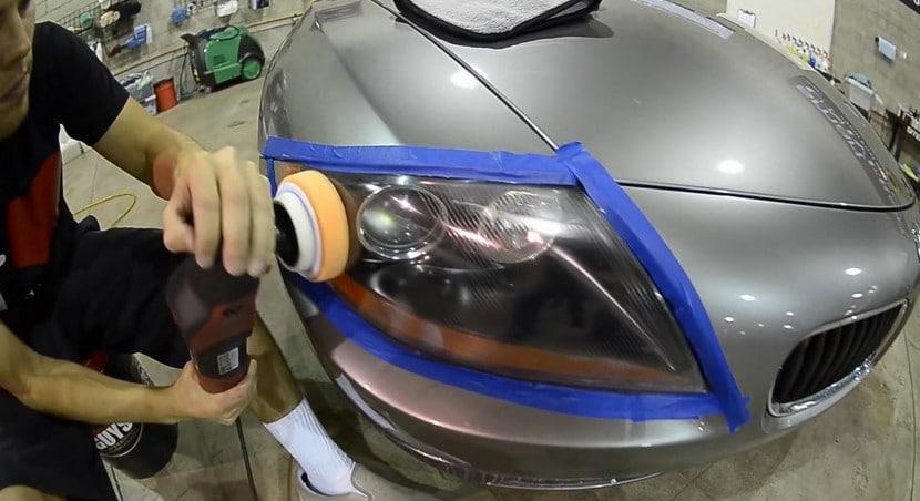 Pulido de faros de coche