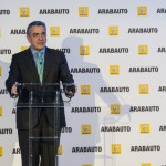 Javier de Andrés en la inauguración de Renault Arabauto