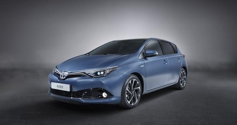 Toyota Auris 2015