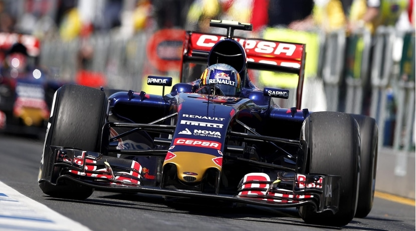 Carlos Sainz Jr. con su Toro Rosso