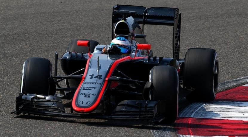 Alonso en Bahrein 2015