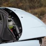 Qué hay bajo capó delantero Renault Twingo 2015