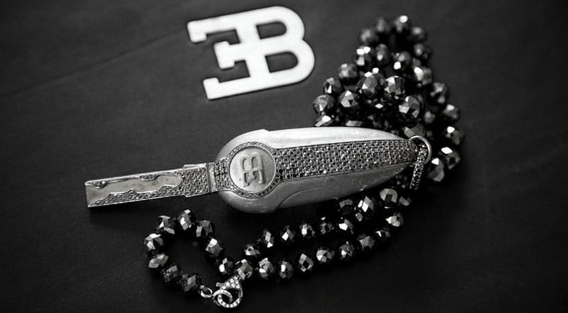 Llave de oro blanco Bugatti Veyron