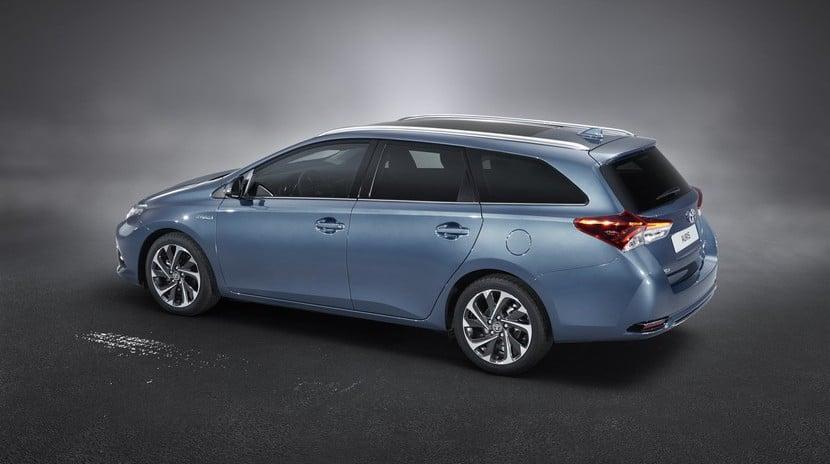Toyota Auris 2015 precio España