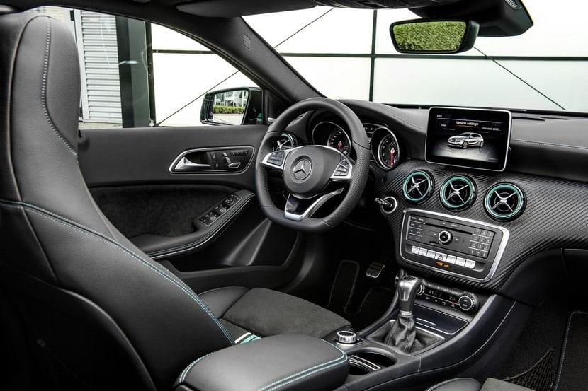 Desvelado en goodwood el nuevo mercedes clase a 2016 for Interior mercedes clase a
